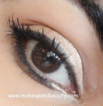 Lakme Eye Pot- Topaz Swatch