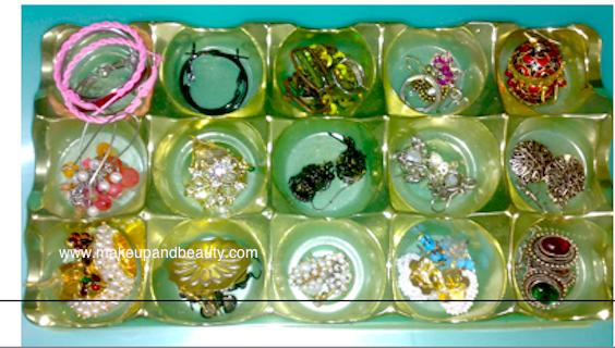 earrings arrangement