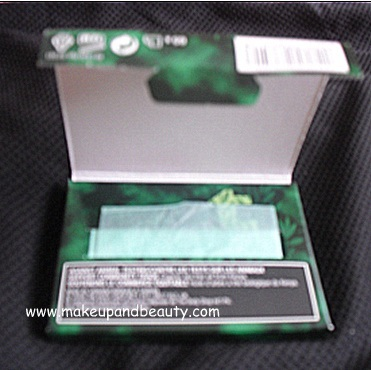 The Body Shop Tea Tree blotting tissues.PNG
