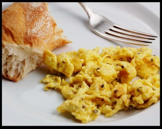 perfect-scrambled-eggs-