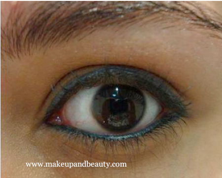 Blue Grey Makeup kohl