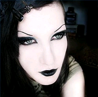 gothic eye makeup looks