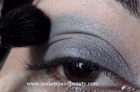 Estee Lauder Blue Dahlia Makeup blend