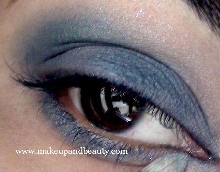 Estee Lauder Blue dahlia Makeup - inner corner