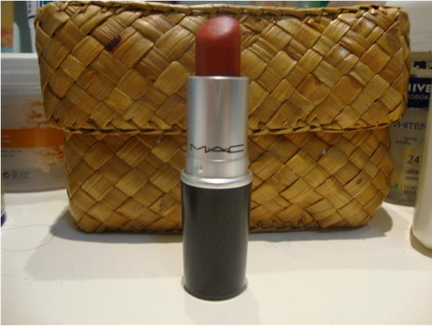 red lipstick mac chili review