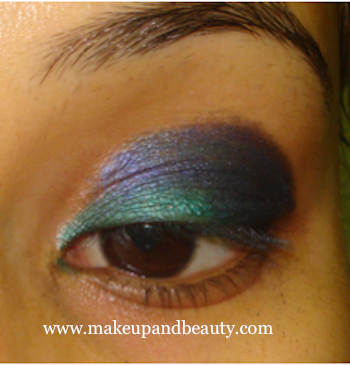 Good Eye Shadow Color for Girls with Blue-Green Eyes