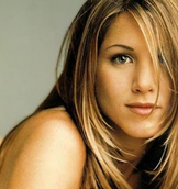 Jennifer Aniston Oval Face Shape