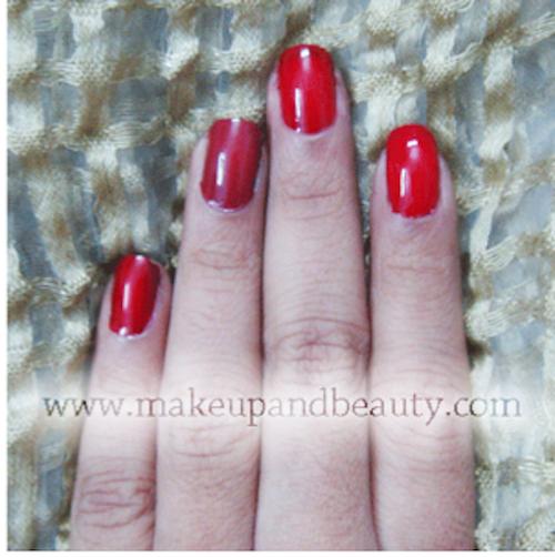 Avon Simply Pretty Nail Enamel Glitter Galaxy Juicy Plum Red