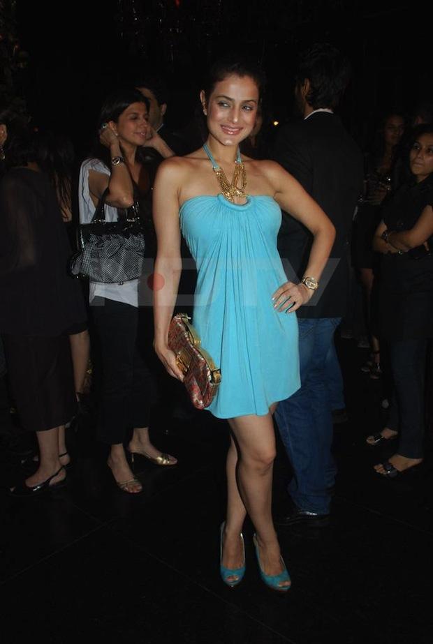Ashmit Patel Birthday Party Pics. Amisha Patel Makeup at Ashmit