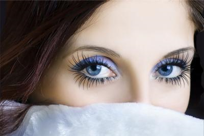how to grow thick lashes naturally