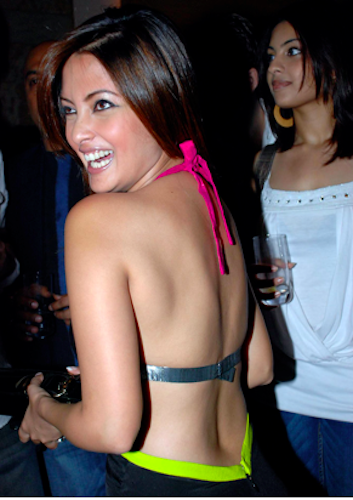 bollywood backless riya sen