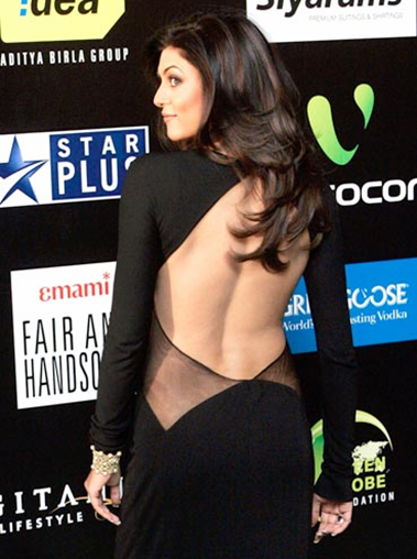 sushmita sen backless dress