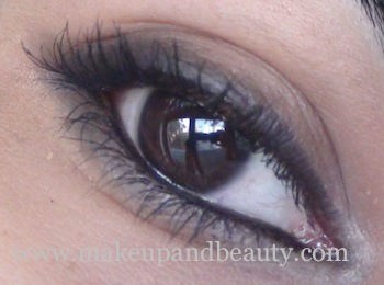 mac feline kohl power pencil on eye