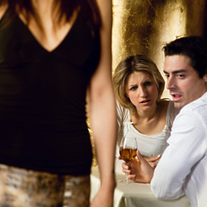 man+staring+at+woman - Don't let your eyes wander, Ondoy ! - Love Talk