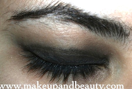Grey Black Smokey Eyes