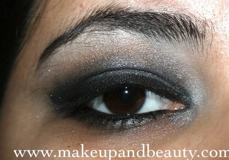 complete grey black smokey eyes