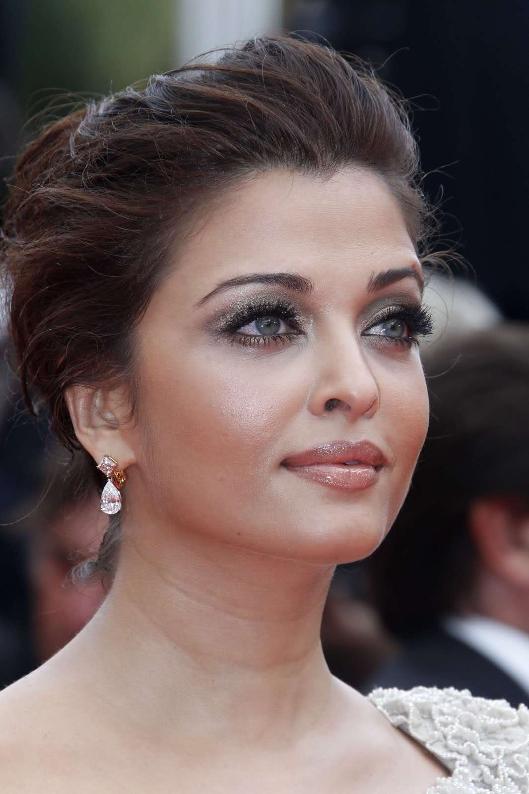 Aishwarya Rai Makeup at Cannes