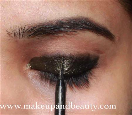 Goldne eye liner