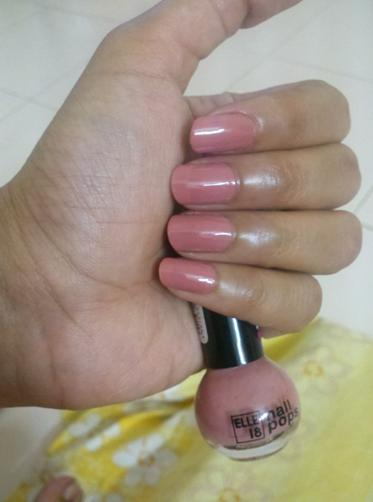 Elle 18 Color Bomb Nail Polish No 7 Review and NOTD
