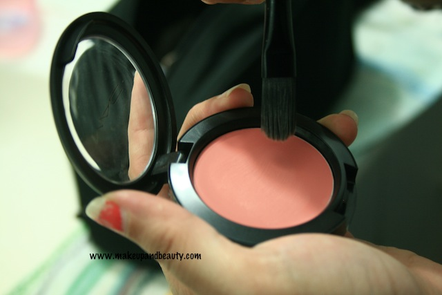 mac-something-special-creamblend-blush review
