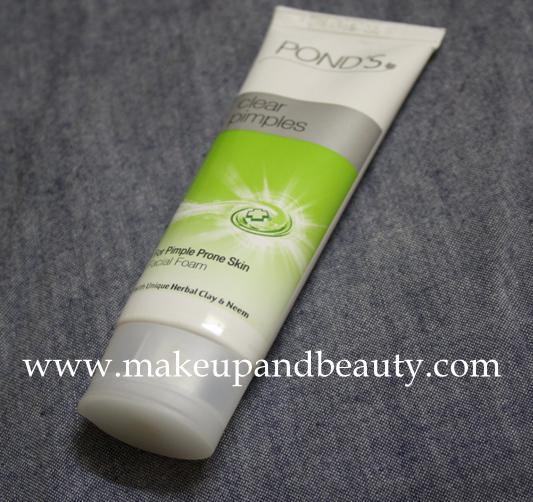 Pond's Clear Pimples Facial Foam