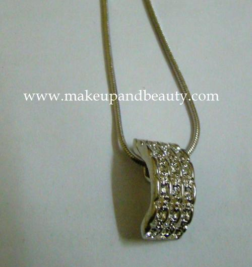 silver pendant chain