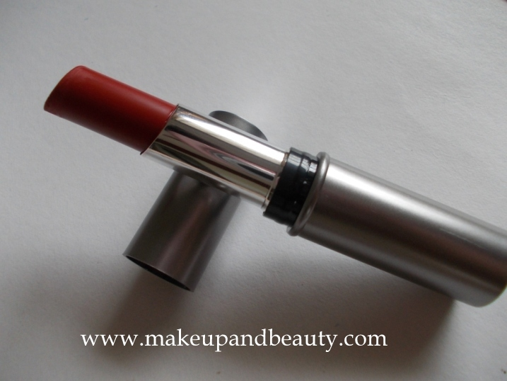 Lakme red classic