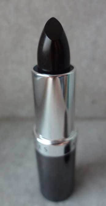 Faces Canada Glam On Lipstick in Shade Gothica