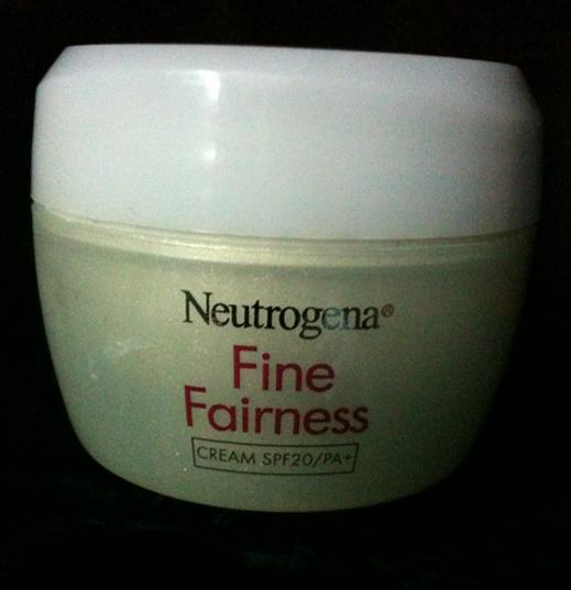 Neutrogena+Fine+Fairness+Cream+with+SPF+20 Review