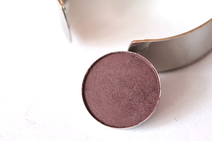 macsketch MAC Sketch Eyeshadow Review, Swatch, Look