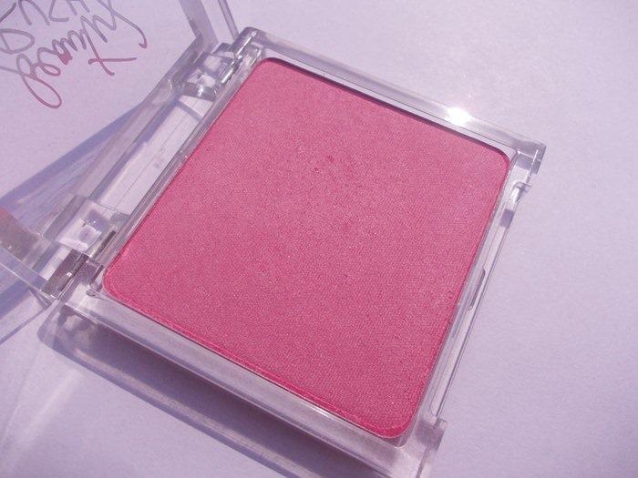 Victoria's Secret Blush flutter