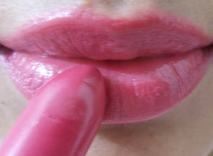 lip swatch 1
