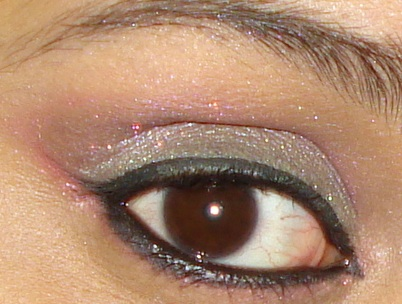 Pigments Eye Makeup Tutorial