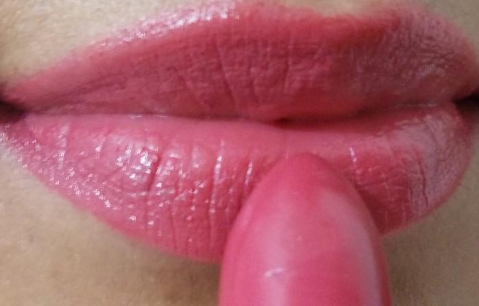 lip swatch 2