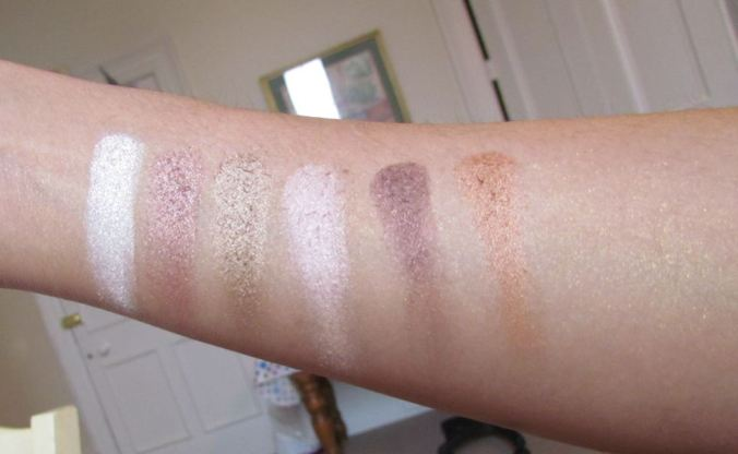 swatch1stRow MUA Professional Heaven and Earth Eyeshadow Palette