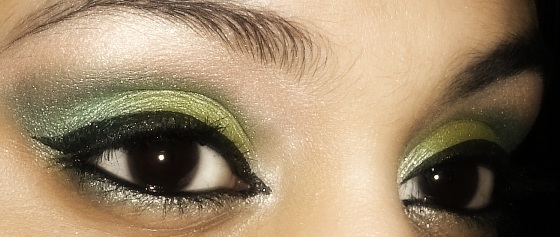 St. Patrick's Day Inspired Green Gold Eye Makeup Tutorial