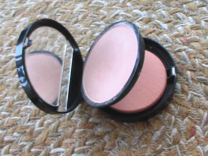 make up forever powder foundation