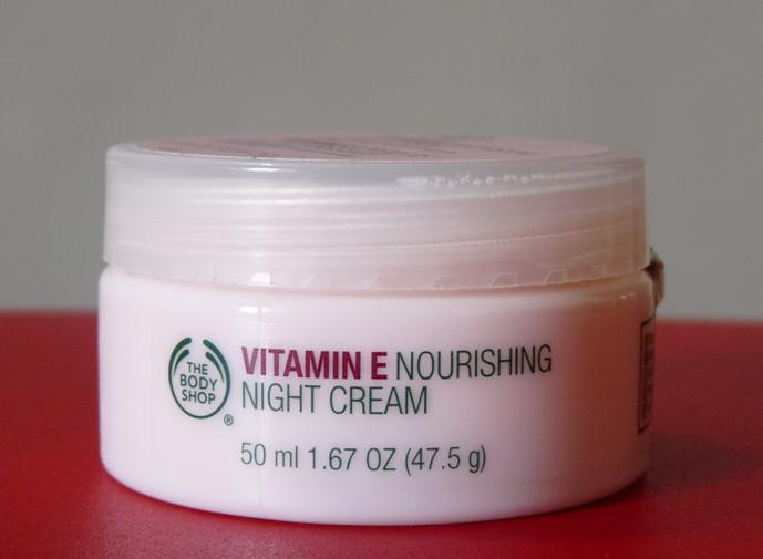 29 The Body Shop Vitamin E Nourishing Night Cream