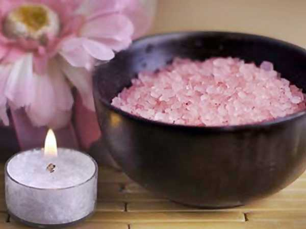 how to use bath salts learn how to make the most amazing bath salt gifts