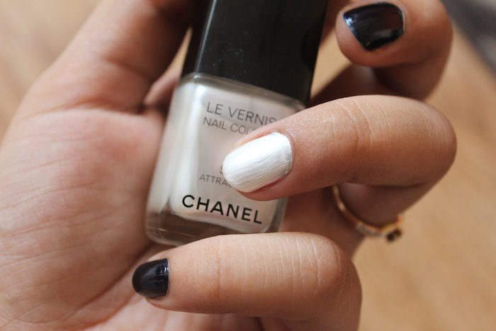 chanel le vernis attraction on nails