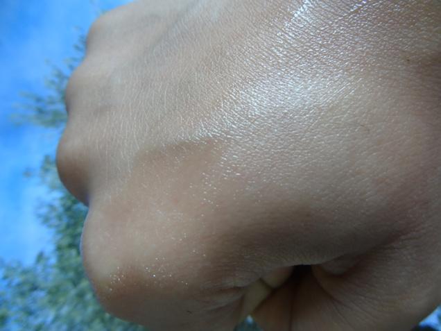 Aloe Vera Gel 4