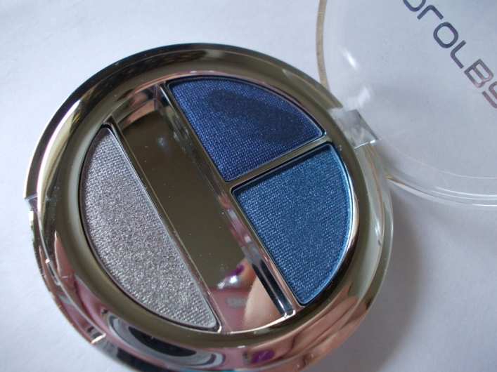 Colorbar Enchanting Eyeshadow Trio Feeling Blue Review