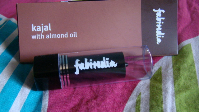 FabIndia Kajal with Almond Oil Review