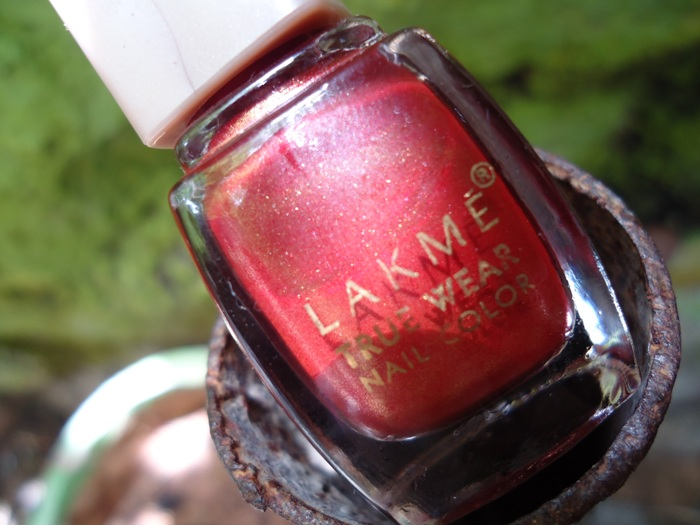 Lakme True Wear Nail Polish Red Allure
