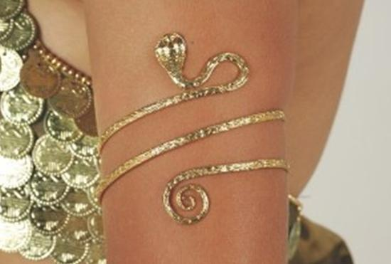 Trend Alert: Upper Arm Jewellery Styles