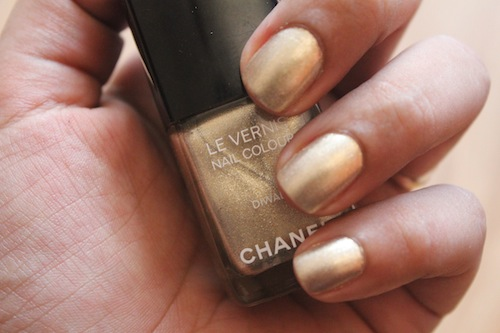 chanel diwali nail polish