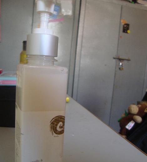 Iraya Shower Milk