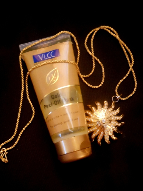 VLCC Gold Peel Off Mask Review