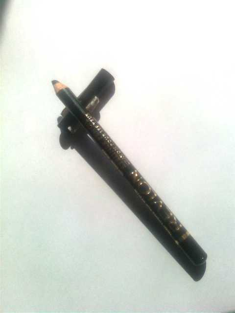Black Eyeliner 2 Revlon Eyeliner Pencil in Black Review