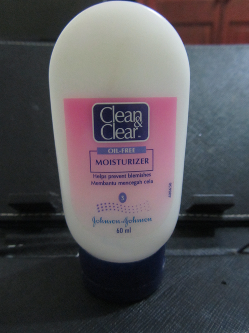 Clean+Clear+Oil+Free+Moisturizer+Review